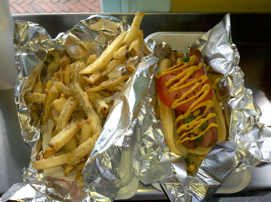 Stuggy's Old Fashioned – best hot dogs in the city? (!)
